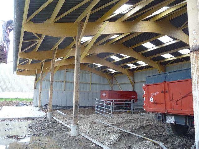 Concept bois b timent agricole bois stokage agricole for Batiment en bois en kit